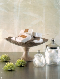 Cakestand with soap display is gorgeous for any bathroom
